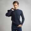 темно-синий мужской джемпер с косами